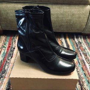 Franco Sarto Size 6.5 Black Heeled Ankle Booties
